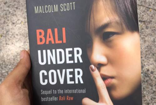 Bali Undercover by Malcolm Scott [2015: EO]